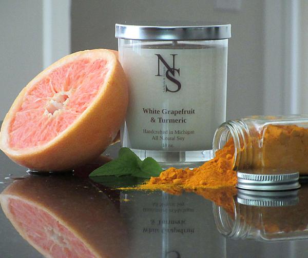 White grapefruit & turmeric candle